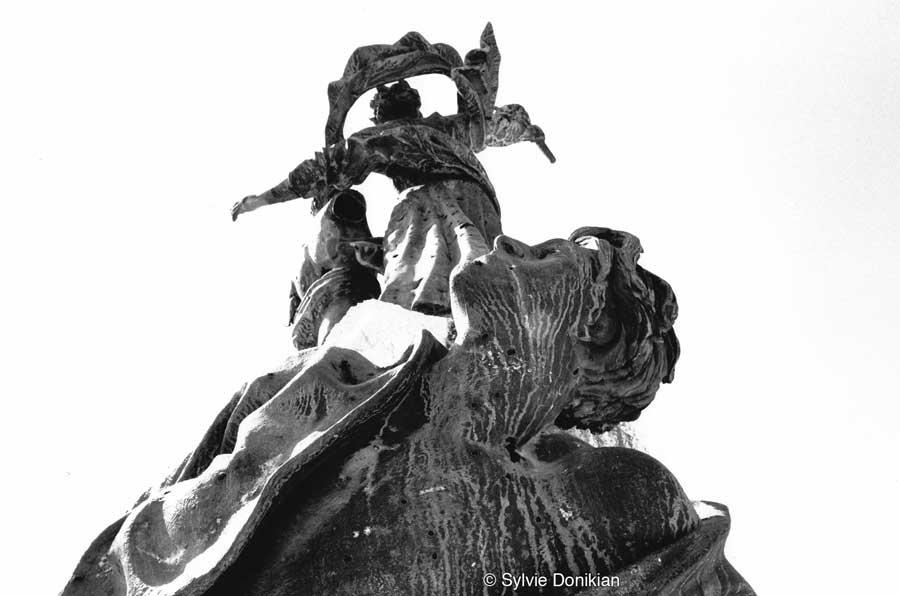 Statue des Martyrs 2/3