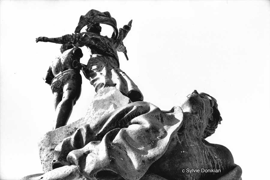 Statue des Martyrs 1/2