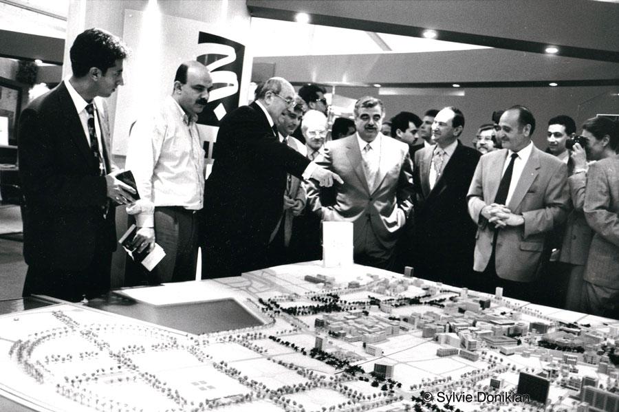 Beyrouth –  Maquette  présentée à Rafic Hariri par la Socité Solidere pour la reconstruction des quartiers du Centre Ville de Beyrouth.
